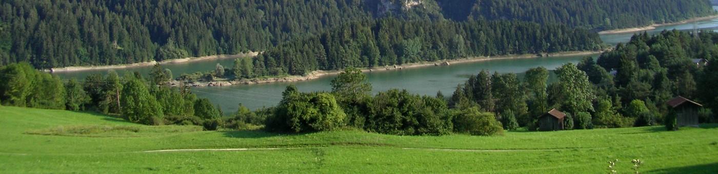 Vallesella scorcio di lago